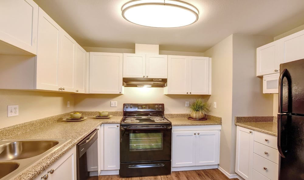 Moderm Kitchen At Brittany Lane Apartments In Lacey WA