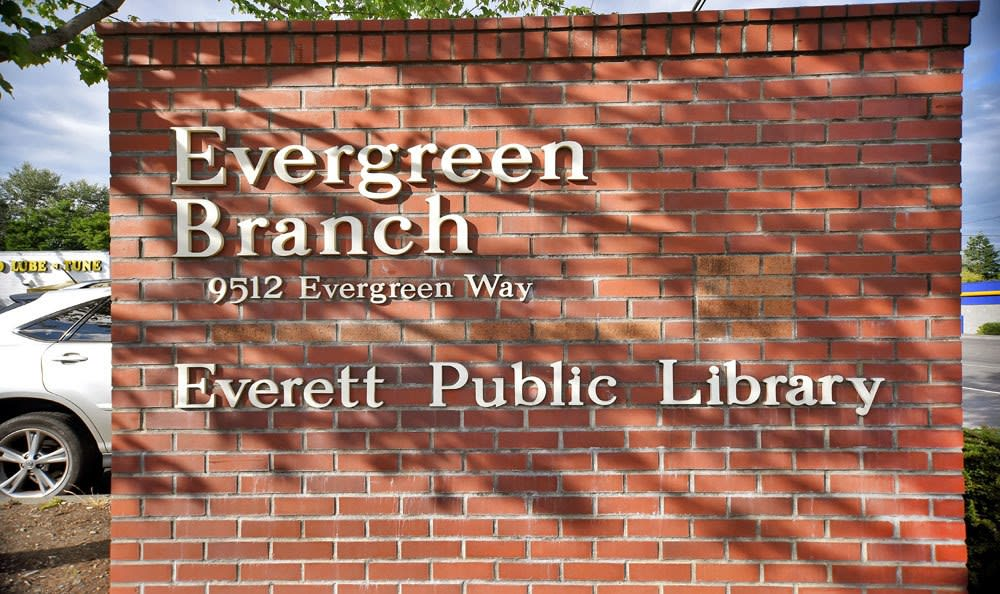 Public Library  at Copperstone Apartment Homes in Everett, Washington