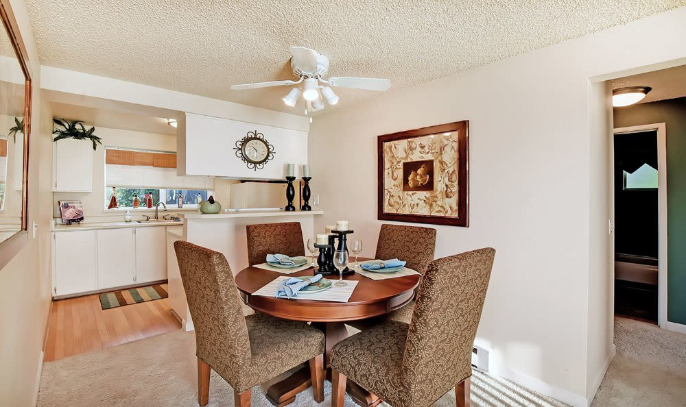 Dinning Room at Copperstone Apartment Homes in Everett, WA