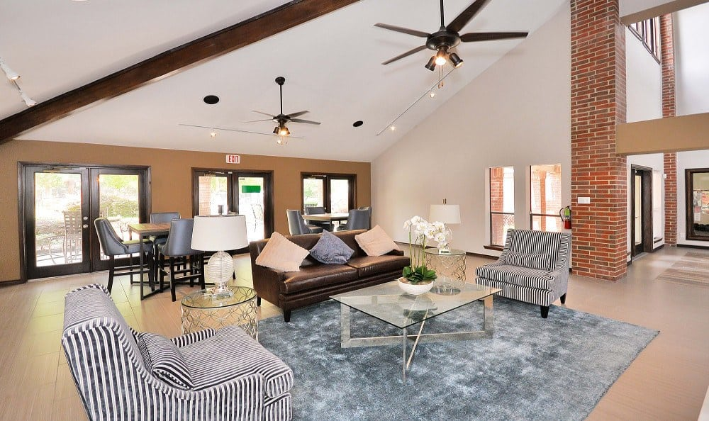 Resident Lounge at Fountains at Steeplechase Apartments in Plano