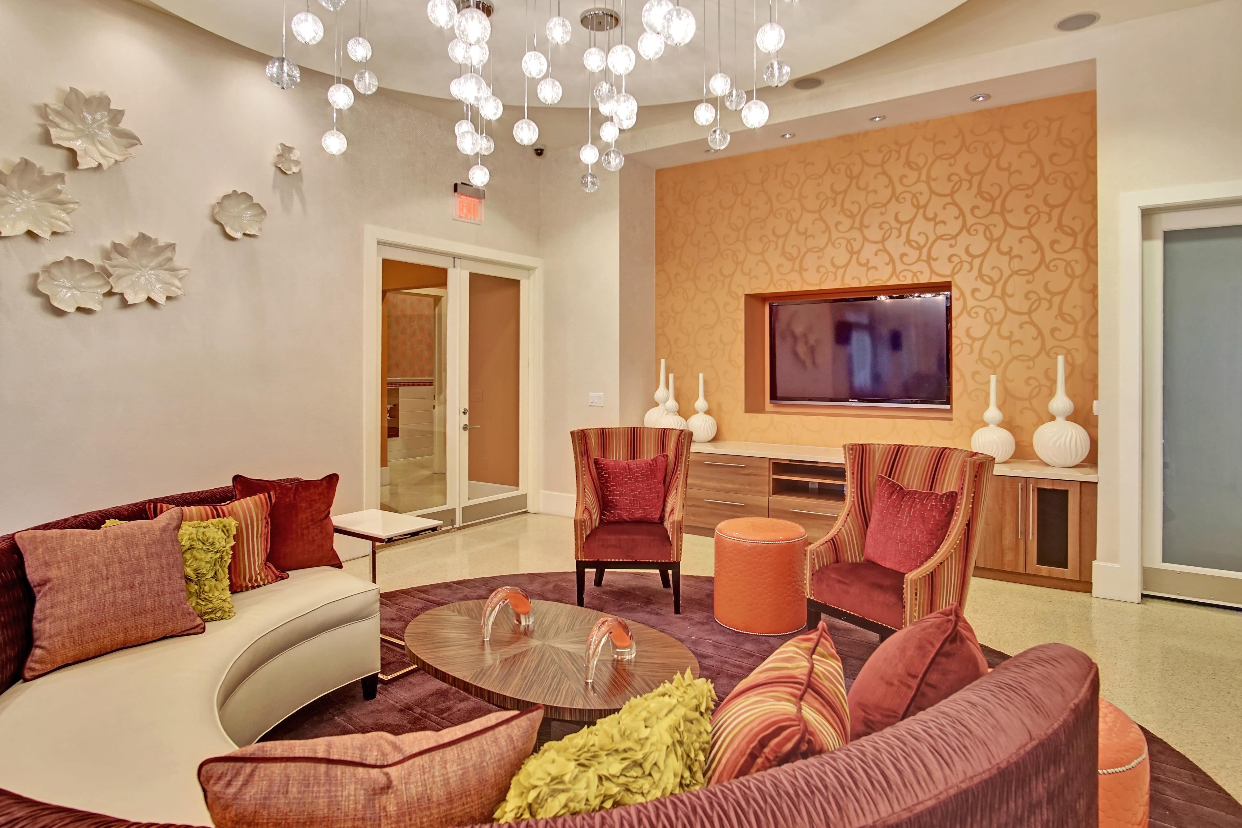 Resident Lounge & Internet Cafe