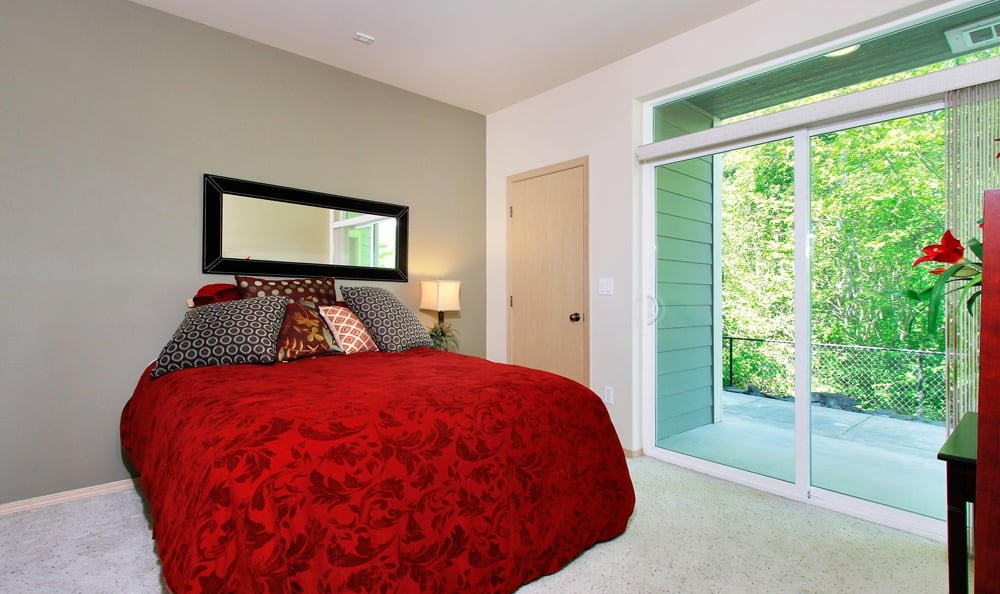 Master bedroom At Sierra Sun In Puyallup WA