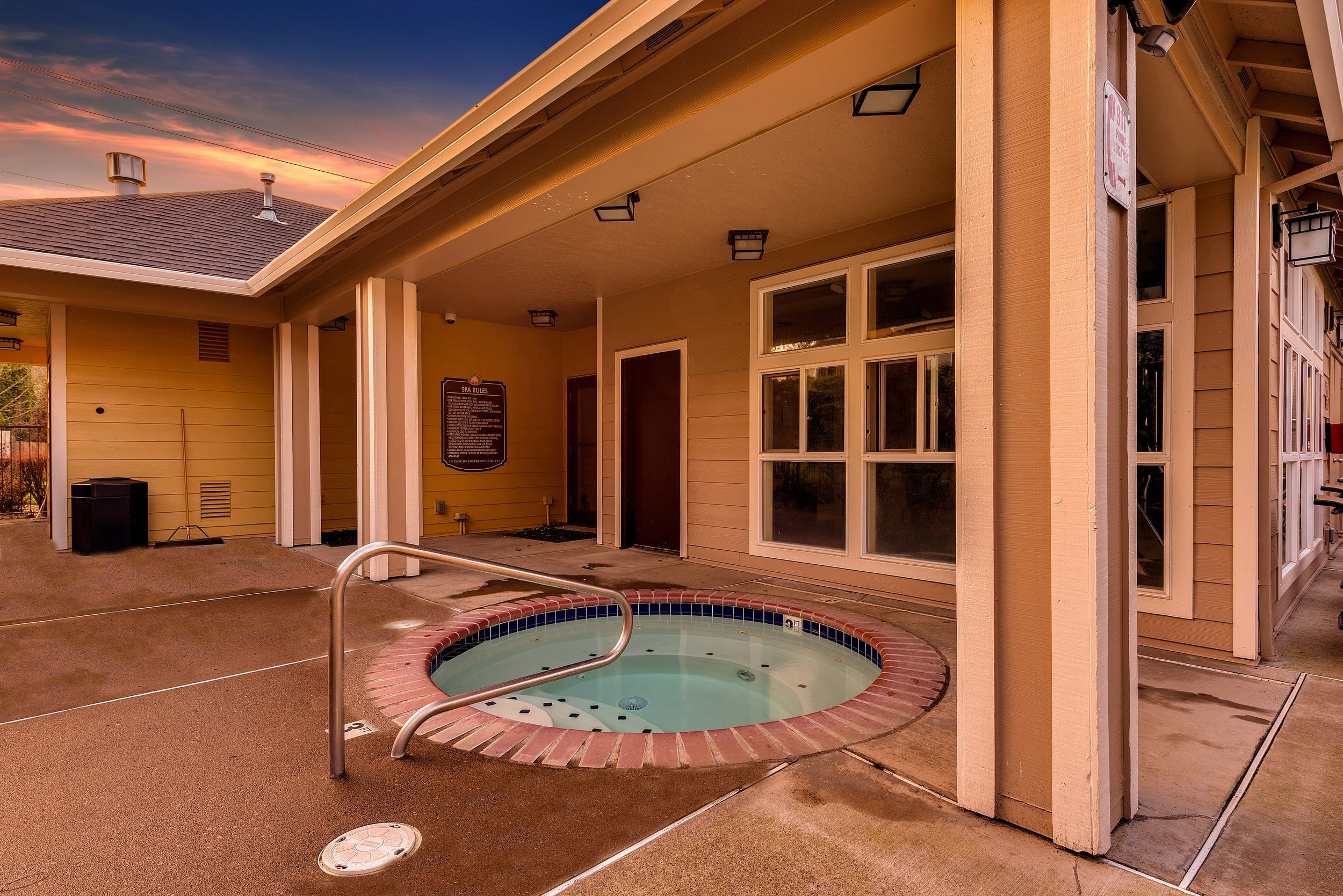 Spa outside At Preserve at Sunnyside Apartments In Clackamas OR
