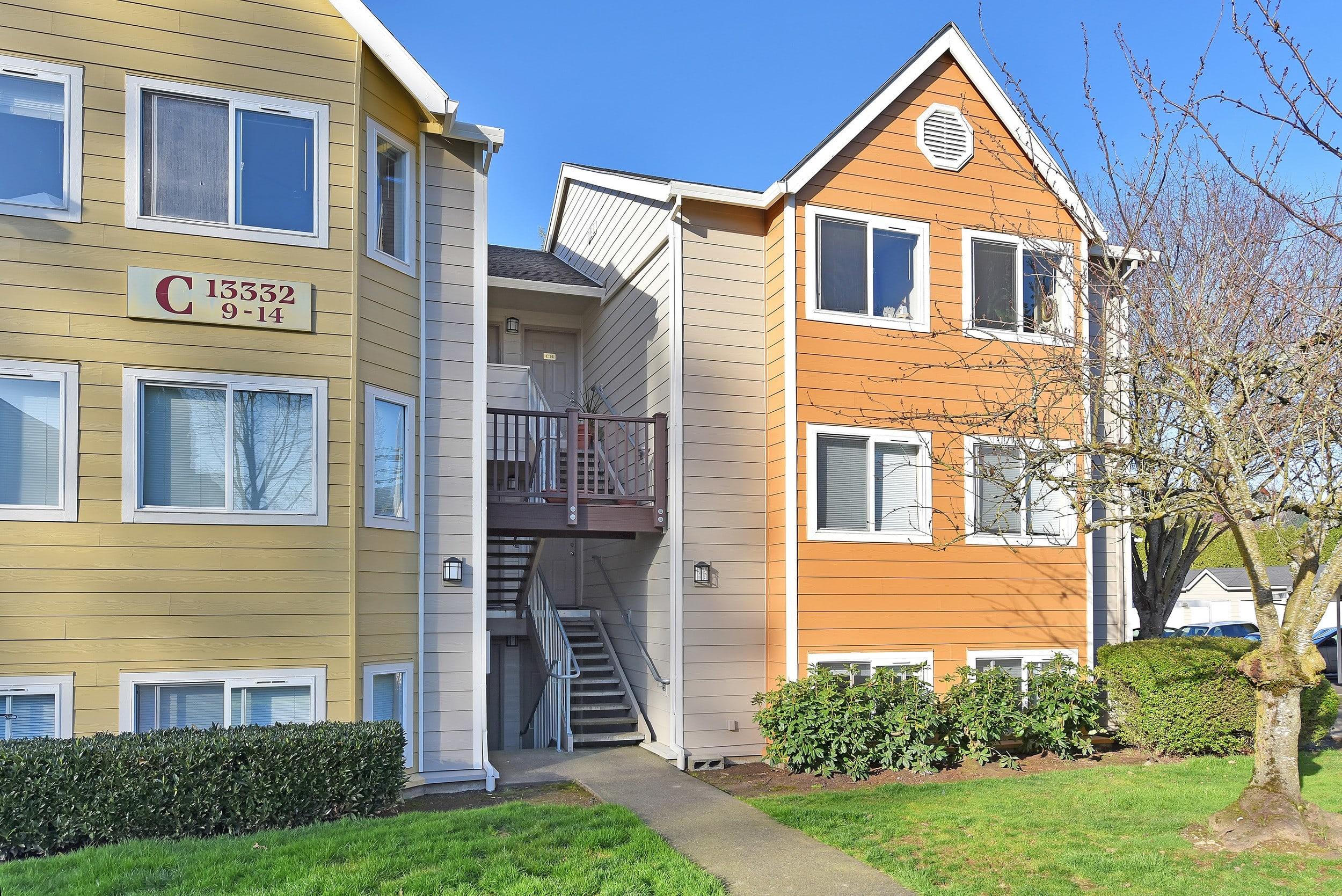 Exterior View Apartments At Preserve at Sunnyside Apartments In Clackamas OR