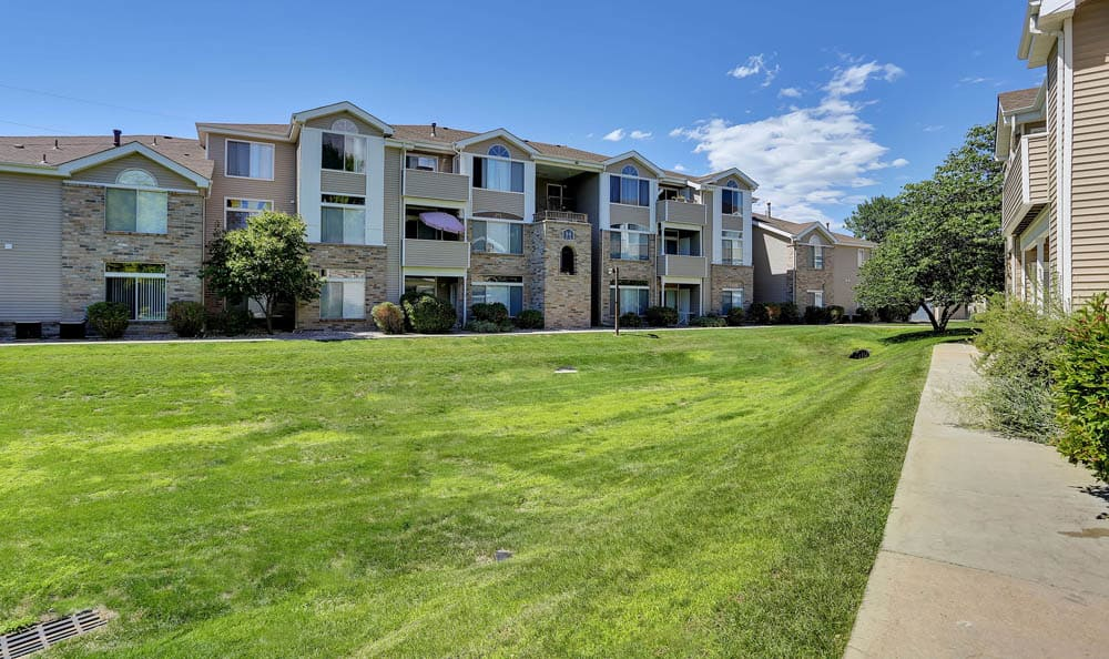 Green Zone Exterior At The Pavilions at Silver Sage In Fort Collins CO