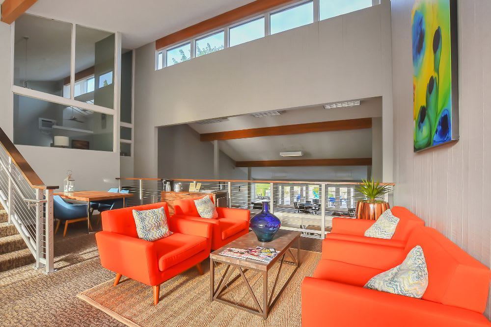 Living room at Lakeside Landing Apartments