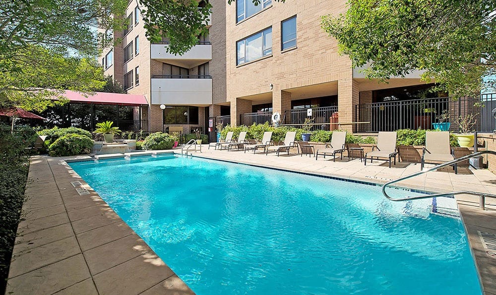 Swimming pool at The Enclave at 1550 Apartments in San Antonio, TX
