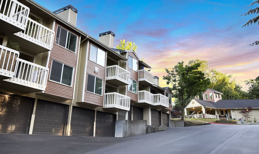 Exterior View of Maple Glen Apartments In Mountlake Terrace WA