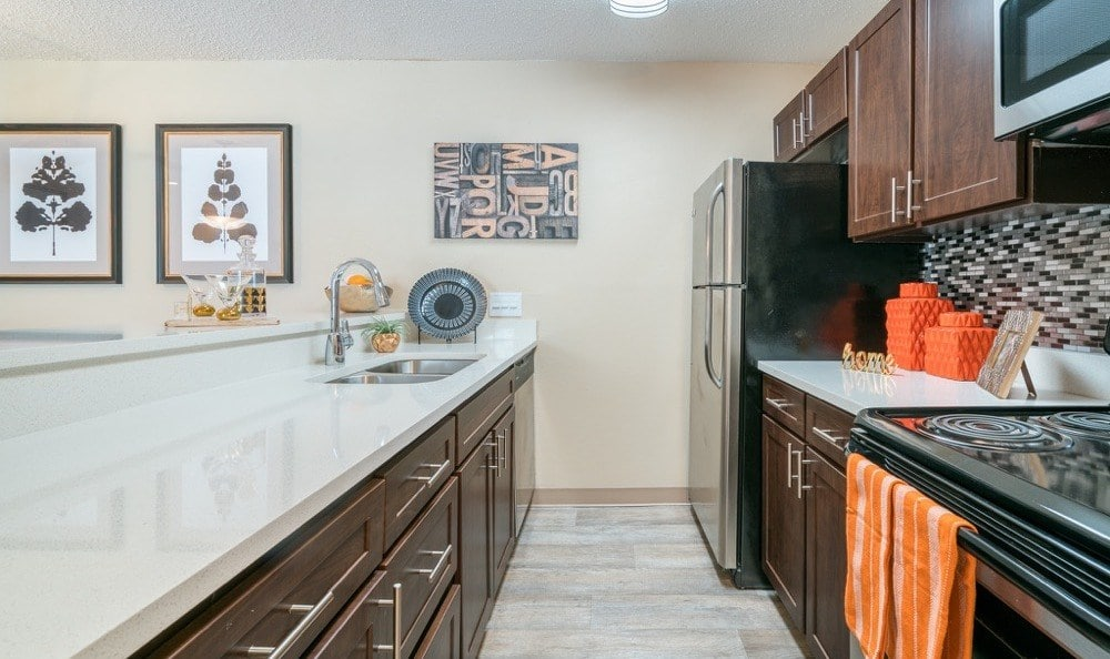 Falls on Bull Creek Apartments offers a luxury kitchen in Austin, Texas