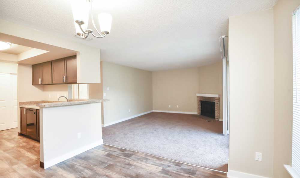 Spacious floor plans at Pointe East apartments