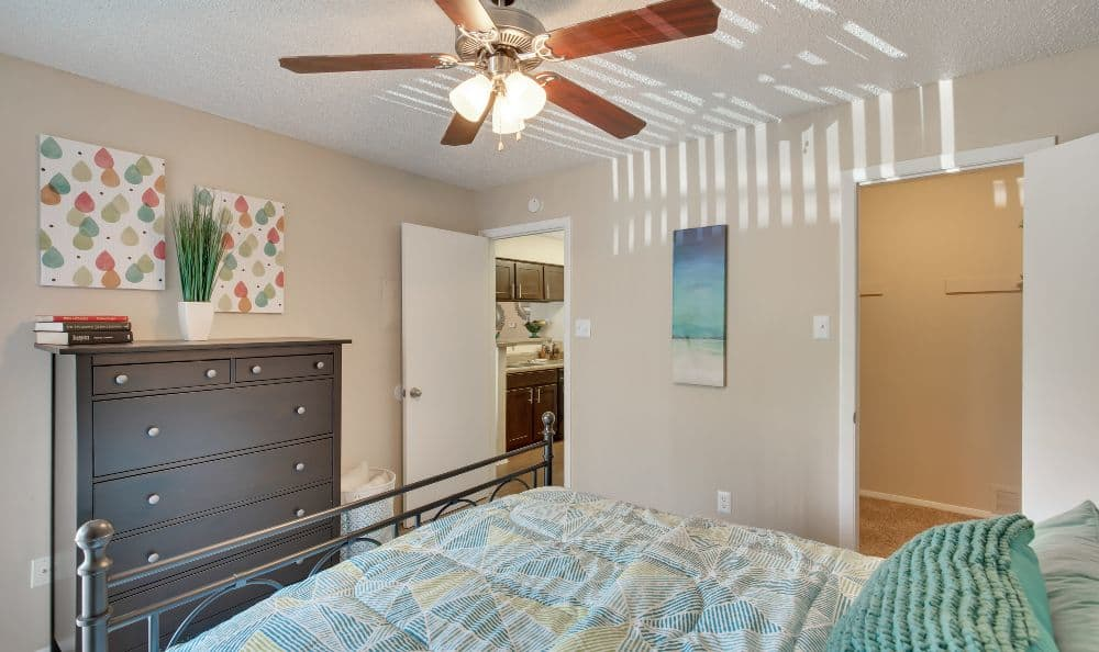 Comfortable bedroom at Bradford Pointe in Austin, TX