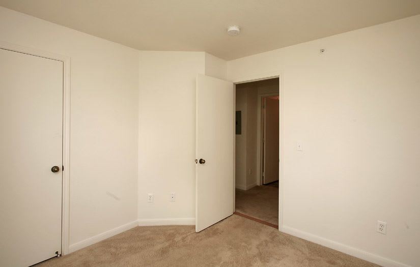 Centennial East Apartments offers a spacious bedroom in Englewood, Colorado