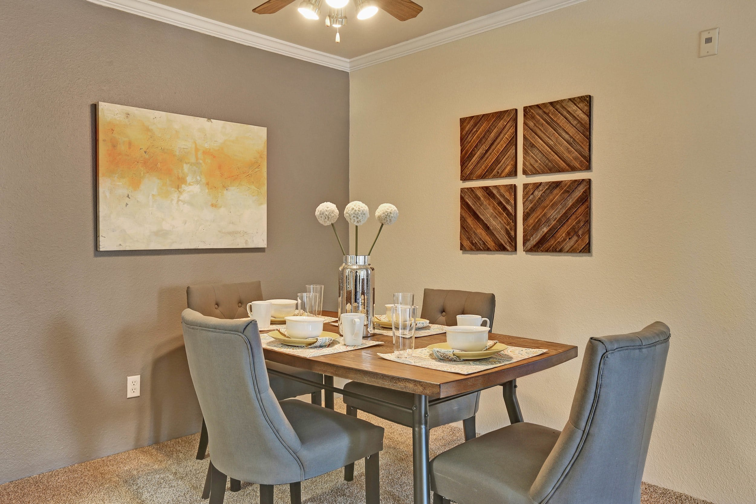 The Pines at Castle Rock Apartments offers a beautiful Dinning room in Castle Rock, Colorado