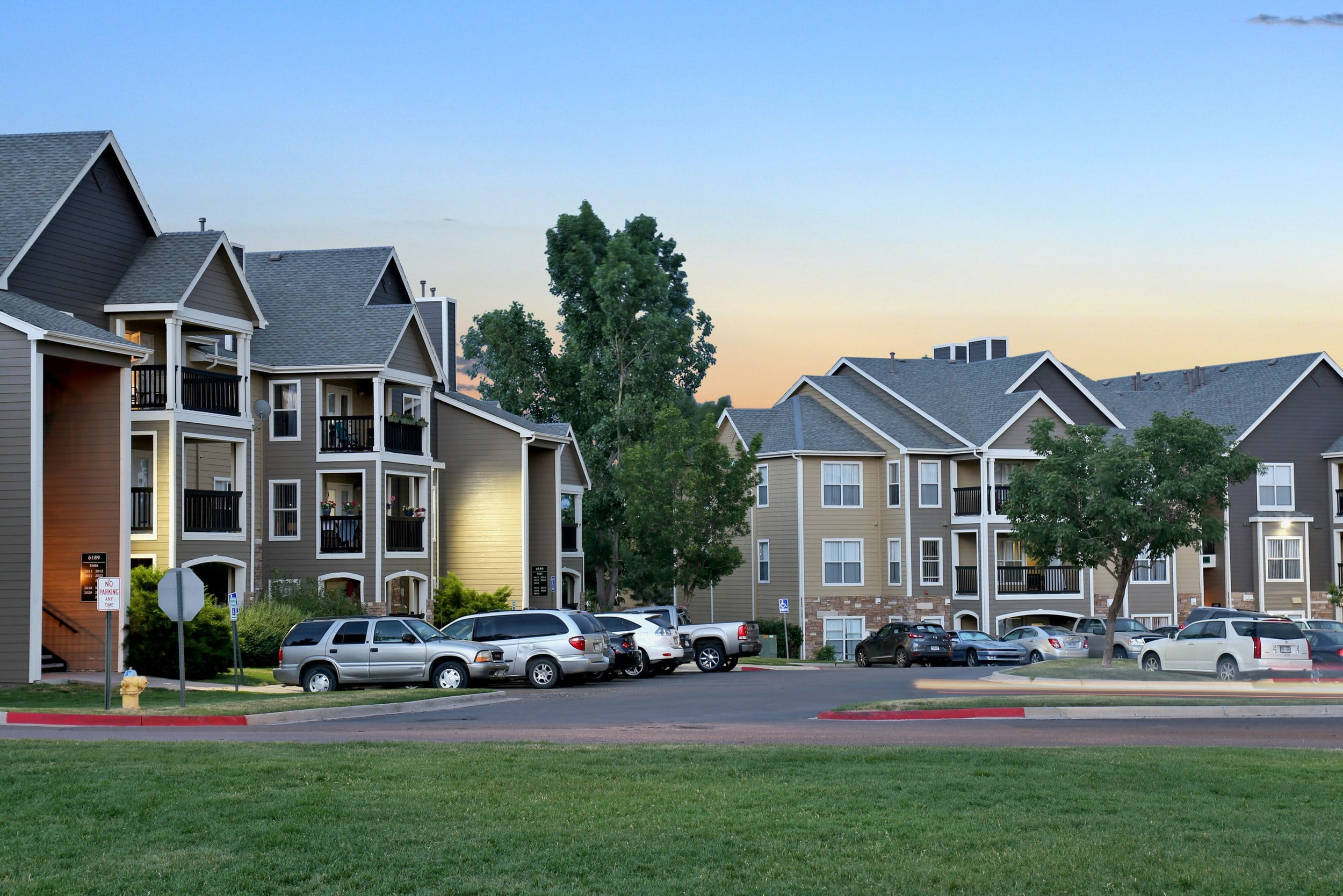 Exterior View Apartments At The Pines at Castle Rock Apartments In Castle Rock CO