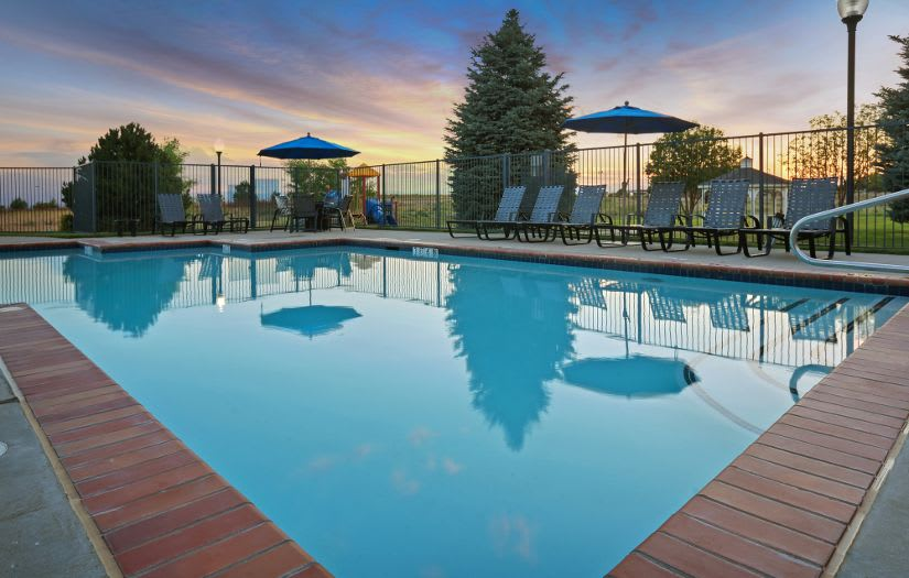 Swimming pool  at Sterling Park Apartments
