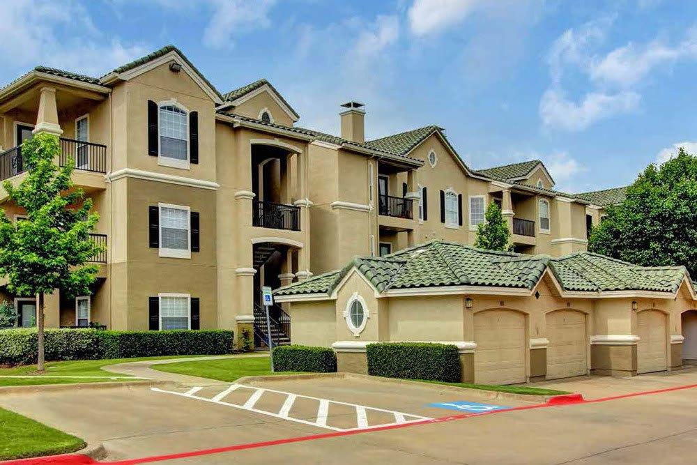 The apartments at The Gates at Buffalo Ridge Apartments