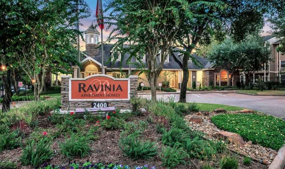 Welcome to Ravinia Apartments In Spring TX