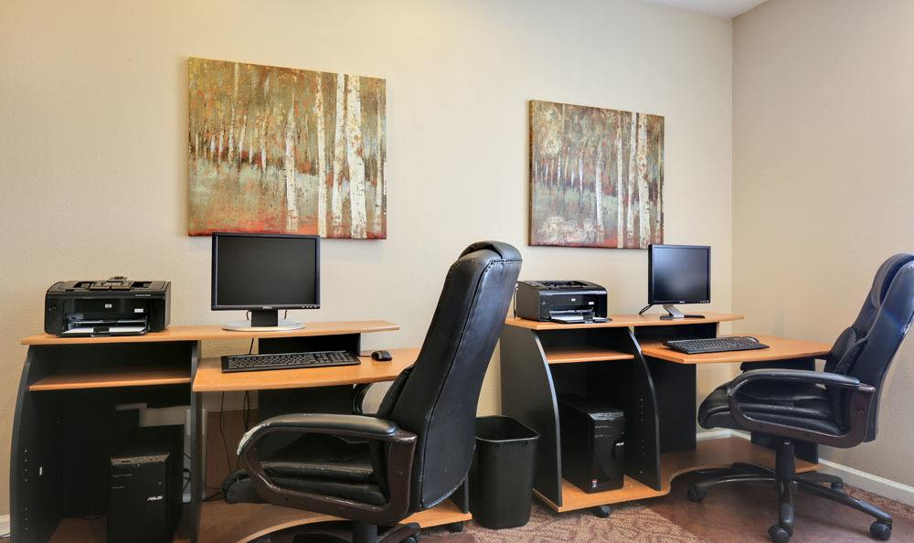 Office at Vistas at Stony Creek Apartments in Littleton, Colorado