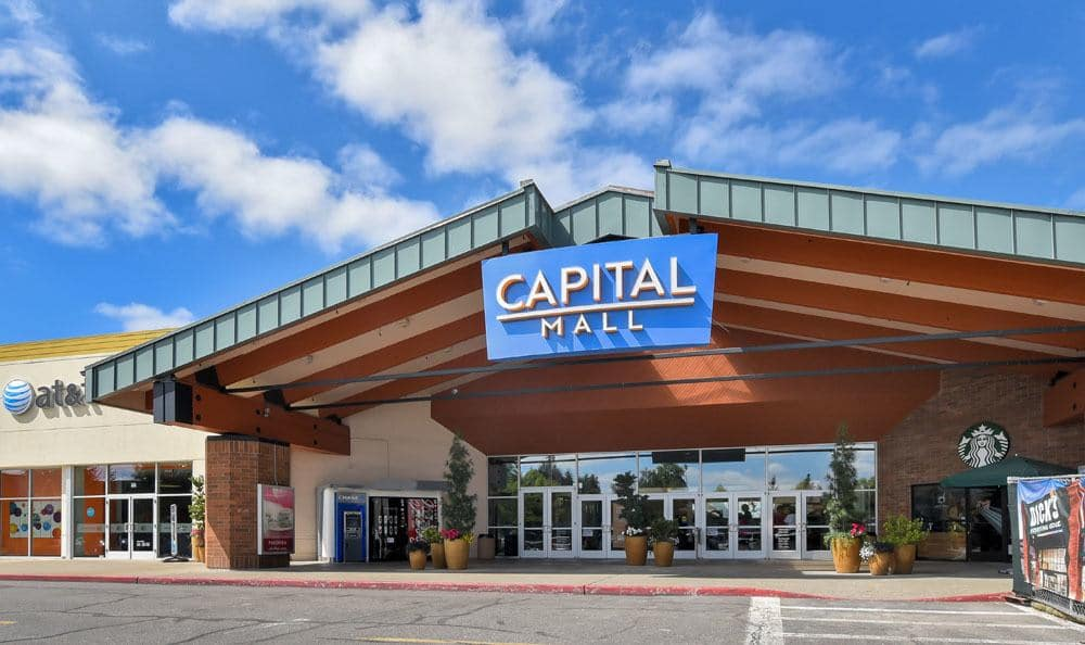 Capital Mall  at Courtside Apartments In Olympia WA