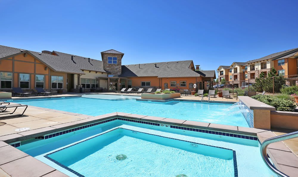 Swimming pool at Highpointe Park Apartment Homes in Thornton, Colorado
