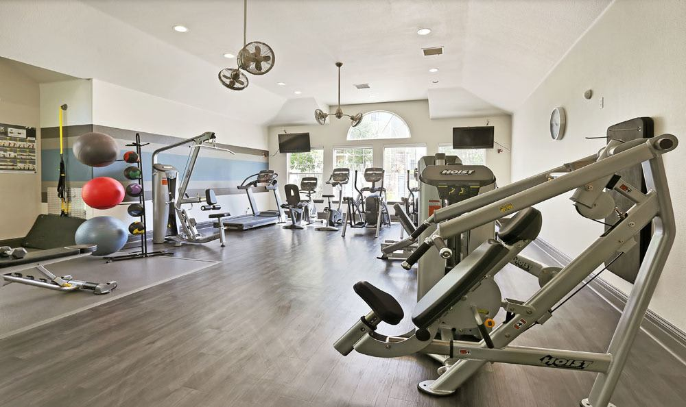 Fitness center at apartments in Englewood, Colorado