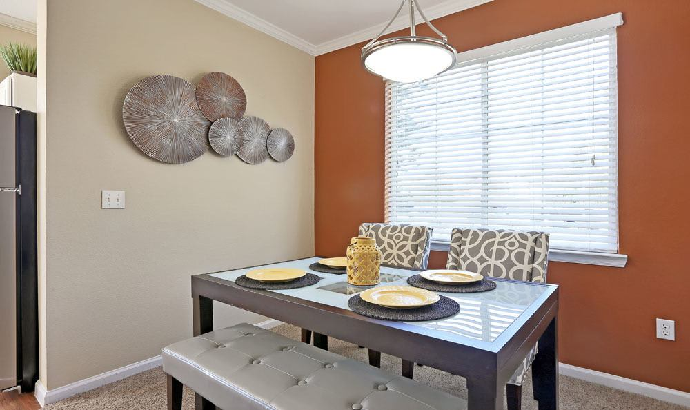Dove Valley Apartments offers a Dinning Room in Englewood, Colorado