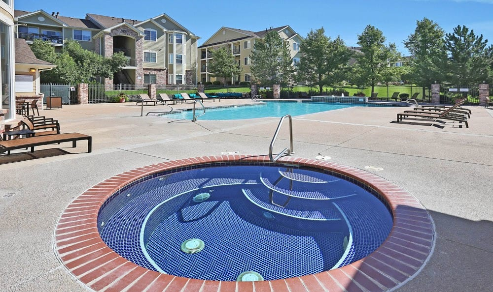 Jacuzzi At Dove Valley Apartments In Englewood CO