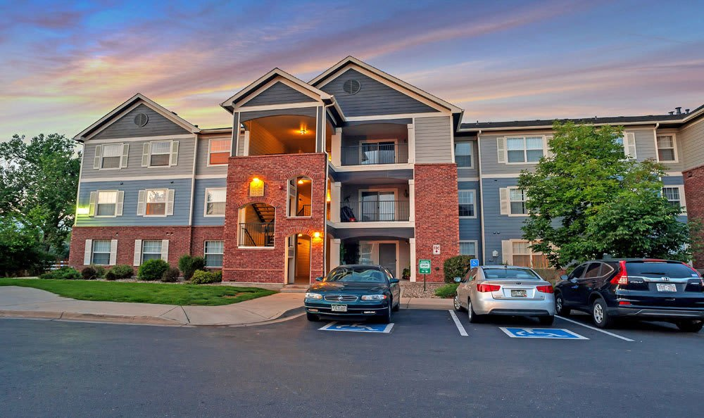 Exterior View apartments At Waterford Place Apartments In Loveland CO