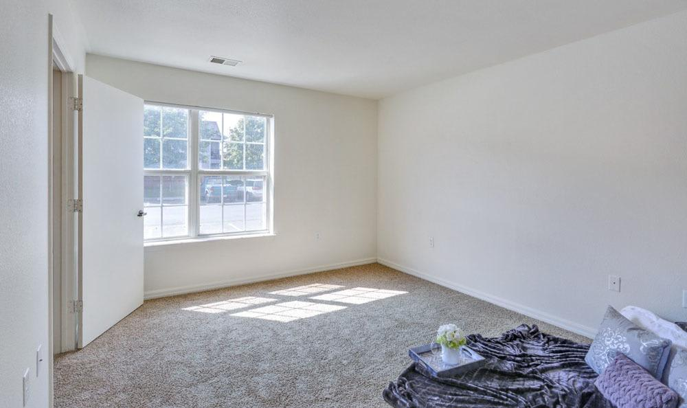 Buffalo Run Apartments offers a spacious bedroom in Fort Collins, Colorado