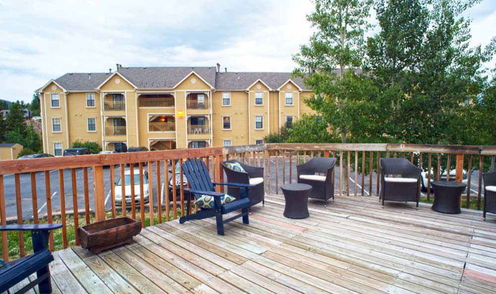 Outdoor lounge at apartments in Central City