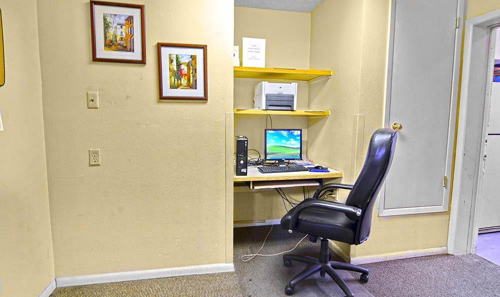 Private office at apartments in Albuquerque