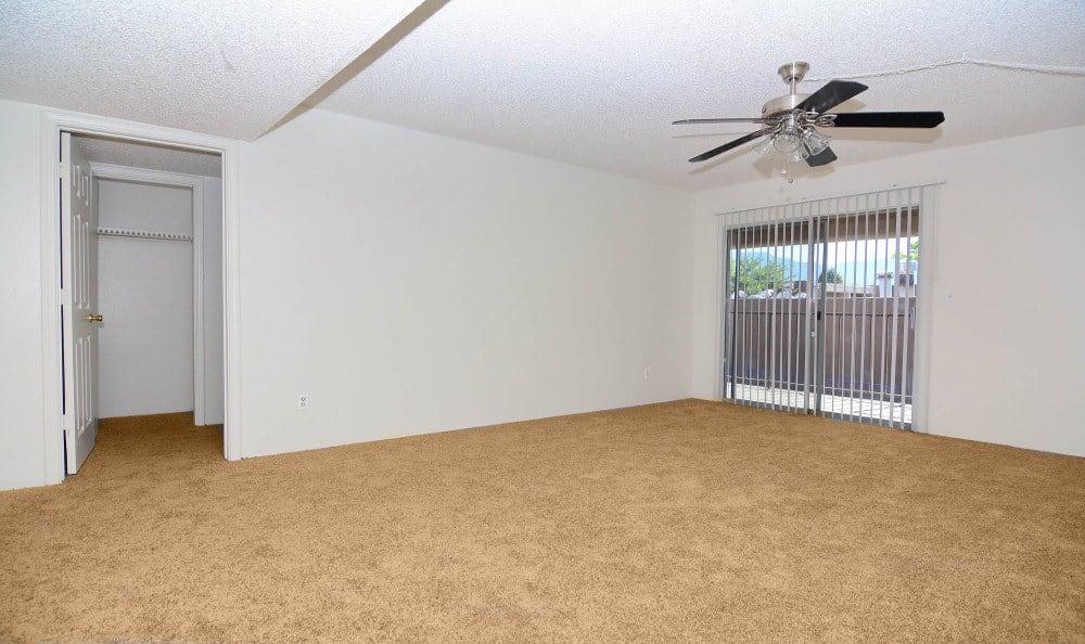 Living room at Indigo Park in Albuquerque, NM