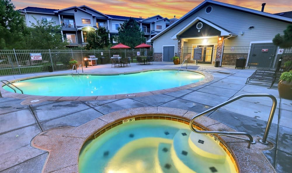 Beautiful swimming pool at Platte View Landing in Brighton, Colorado