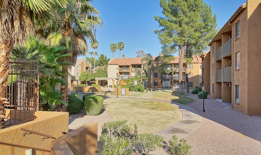 Renaissance Apartment Homes offers a walking paths in Phoenix, Arizona