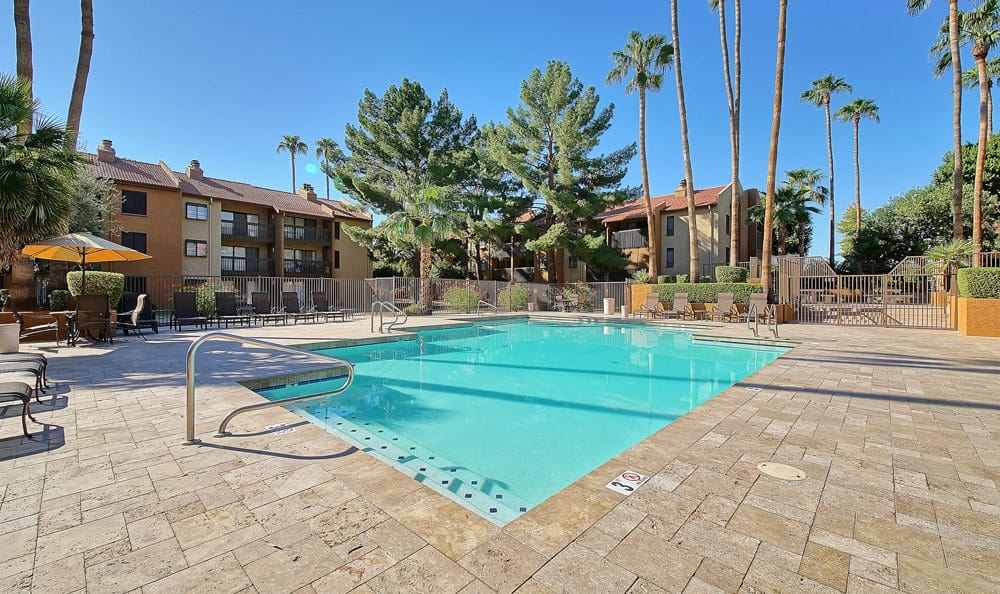 Beautiful swimming pool at Renaissance Apartment Homes in Phoenix, Arizona