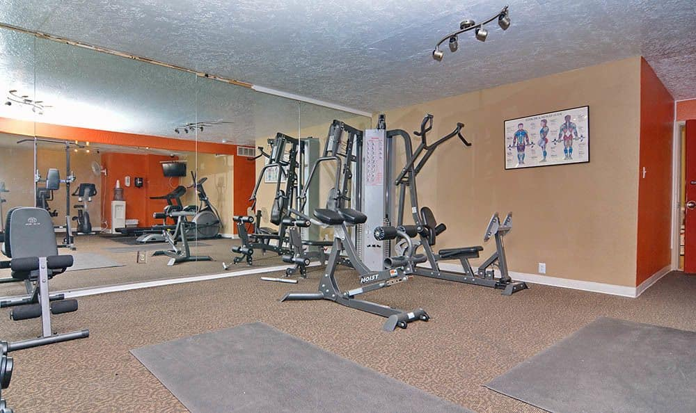 Fitness center At The Pearl at Spring Creek In Albuquerque NM