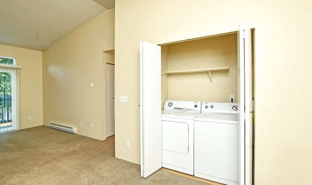 Bradford Park Apartments offers a washer/dryer in Lynnwood, Washington