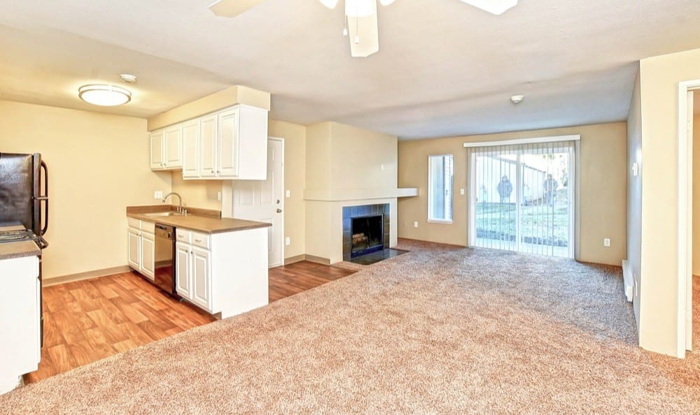 Bradford Park Apartments offers a beautiful living room in Lynnwood, Washington