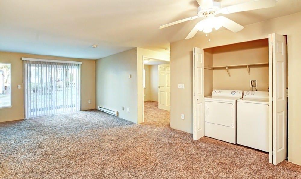 Lynnwood, Washington apartments with a washer/dryer