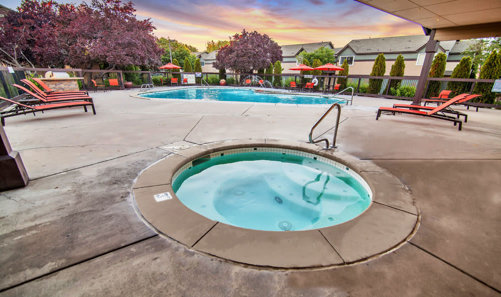 Beautiful swimming pool at Monterra Townhomes in Boise, Idaho