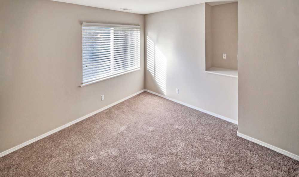 Monterra Townhomes offers a spacious bedroom in Boise, Idaho