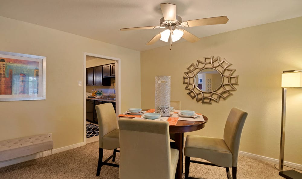 Beautiful Dinning room at apartments in Deer Park, Texas