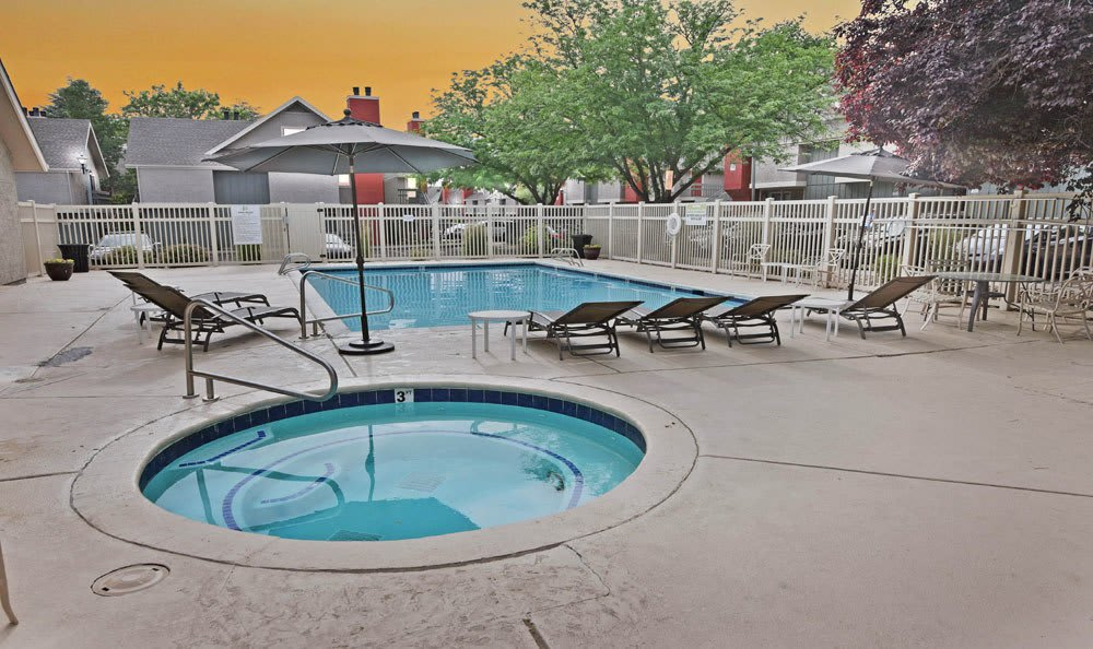 Seven65 Lofts offers a beautiful swimming pool in Salt Lake City, Utah