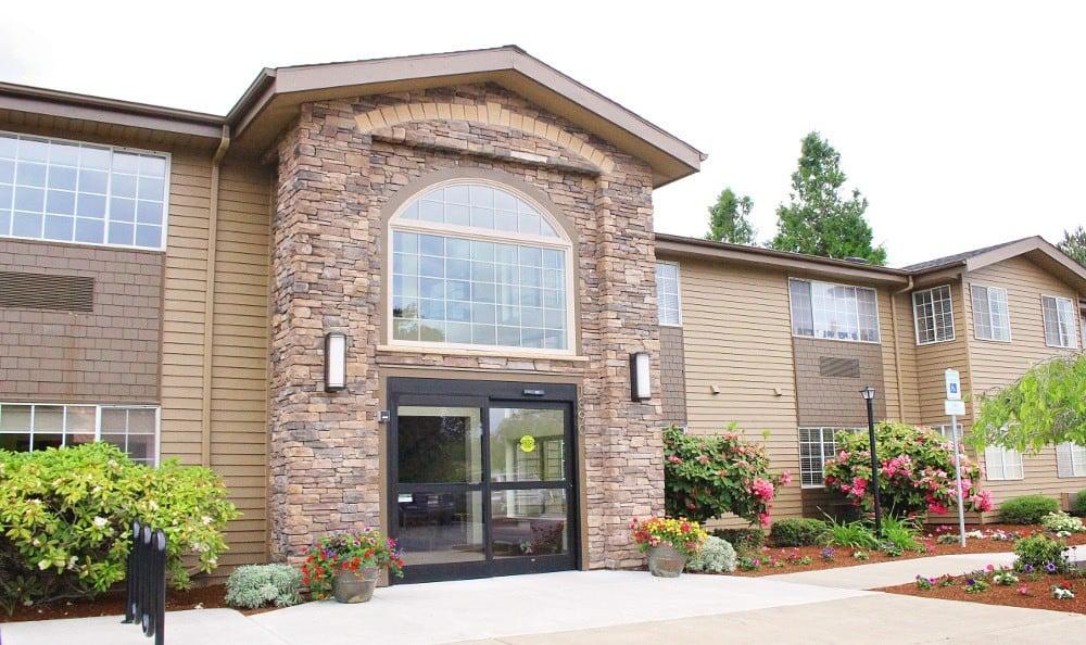 Entry Way of Facility at Emerald Gardens, senior living in Woodburn, OR