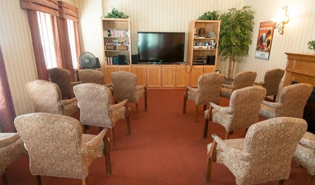 Movie theatre atPioneer Village, senior living in Jacksonville, OR