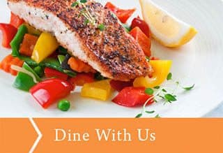 Dine with us at Farmington Square Tualatin