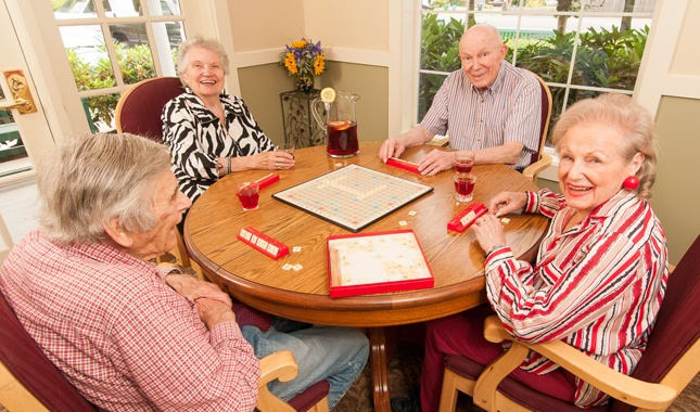 Relax with friends at Farmington Square Eugene, senior living in Eugene, OR