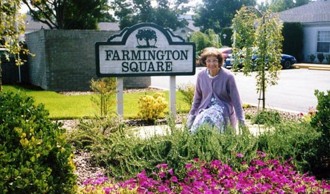 Sign at Farmington Square Medford, senior living in Medford, OR