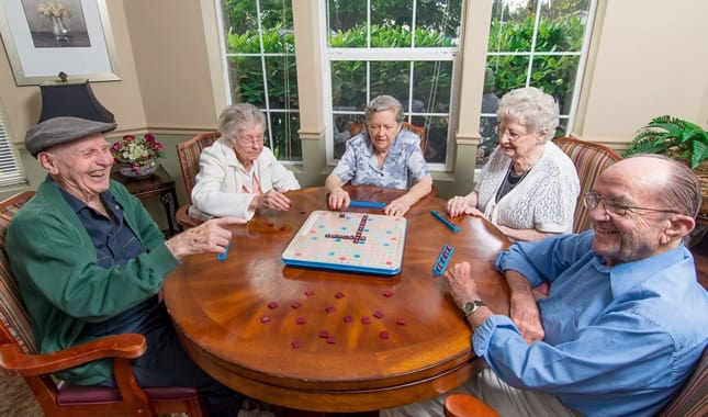 Activities with friends at Farmington Square Salem, senior living in Salem, OR