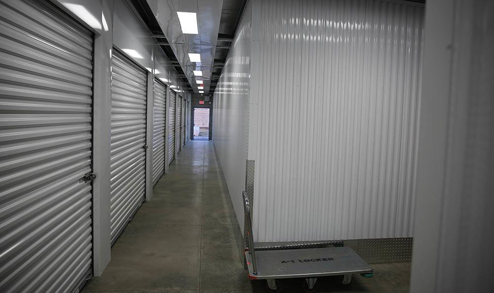 Self storage units with easy access in St. Louis, MO